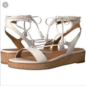 Frye Miranda wht Sandals 7.5